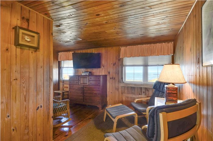 Outer Banks Vacation Rentals - Waterloo - Waterloo